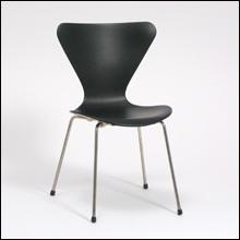 Jacobsen,-3107Vitra01