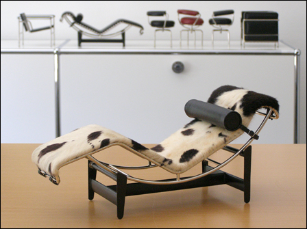 Le-Corbusier-Chaise-Fell-001