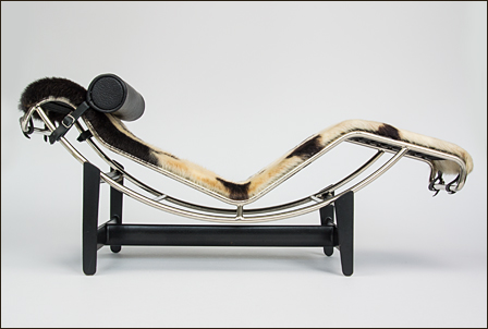 Le-Corbusier-Chaise-Fell-002