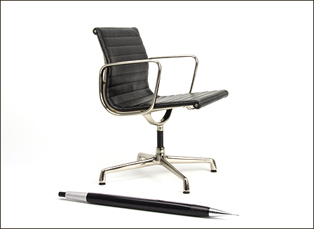 Eames-Alu-Chair-006