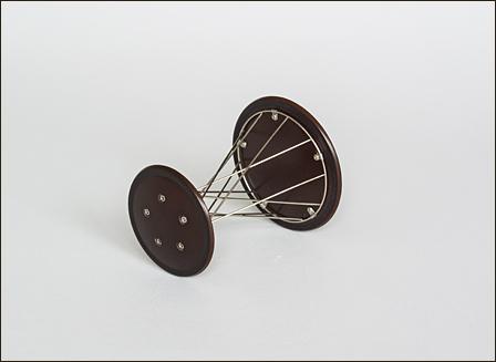 Noguchi-Rocking-Stool-006