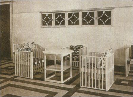 Hoffmann_Purkersdorfer-Tisch-04